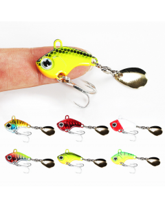Lipless-Crankbait-With-Tail-Spinner